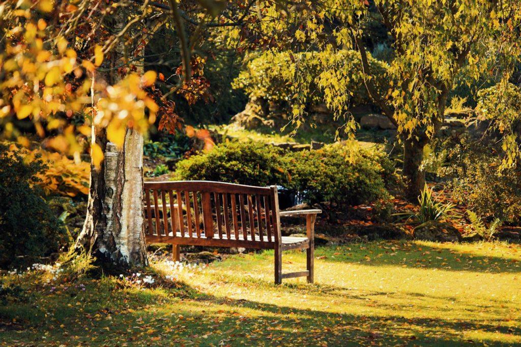 Gartenmöbel vor Diebstahl sichern