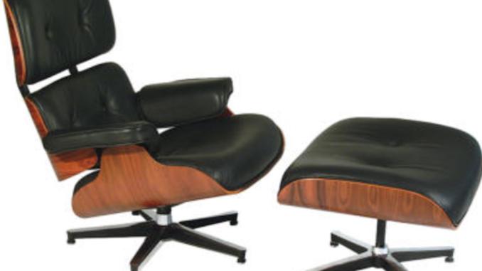 Charles Eames Lounge