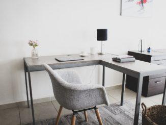 Eckschreibtische als optimale Lösung für das Home-Office